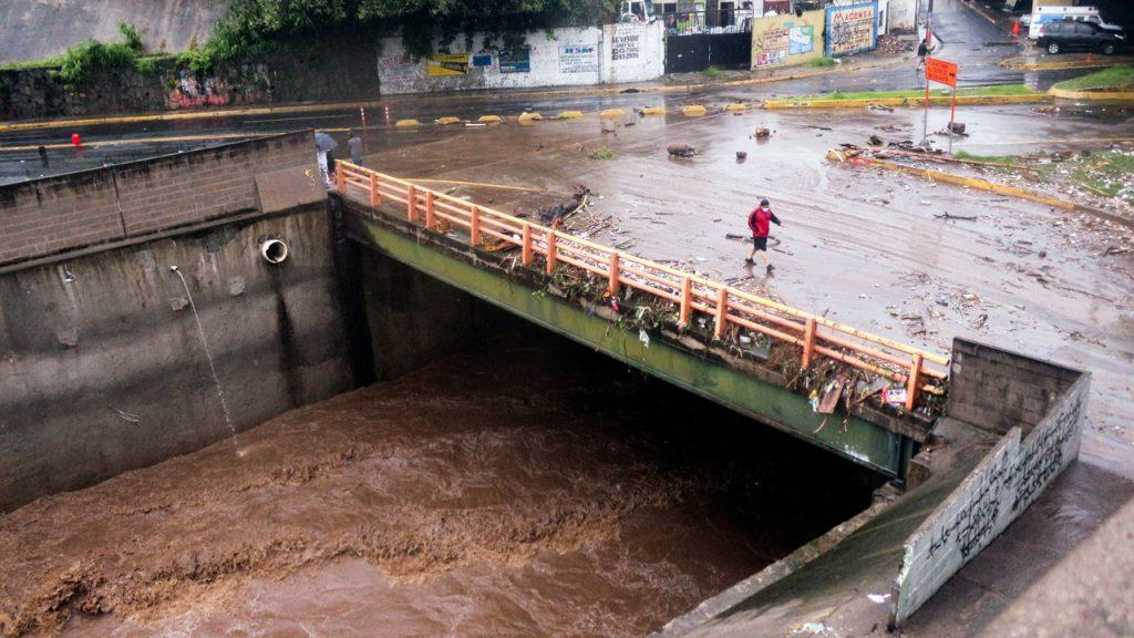 El Salvador tormenta Amanda inundaciones