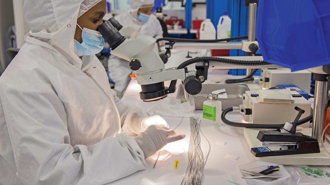 Costa Rica: Viant culmina con éxito su extensión en planta de manufactura