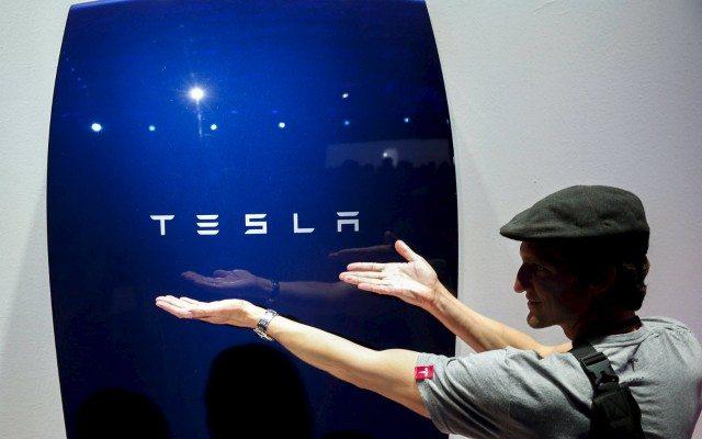 """""""No volvería a comprar un auto de combustión"""": Dueño de un Tesla en Costa Rica"""