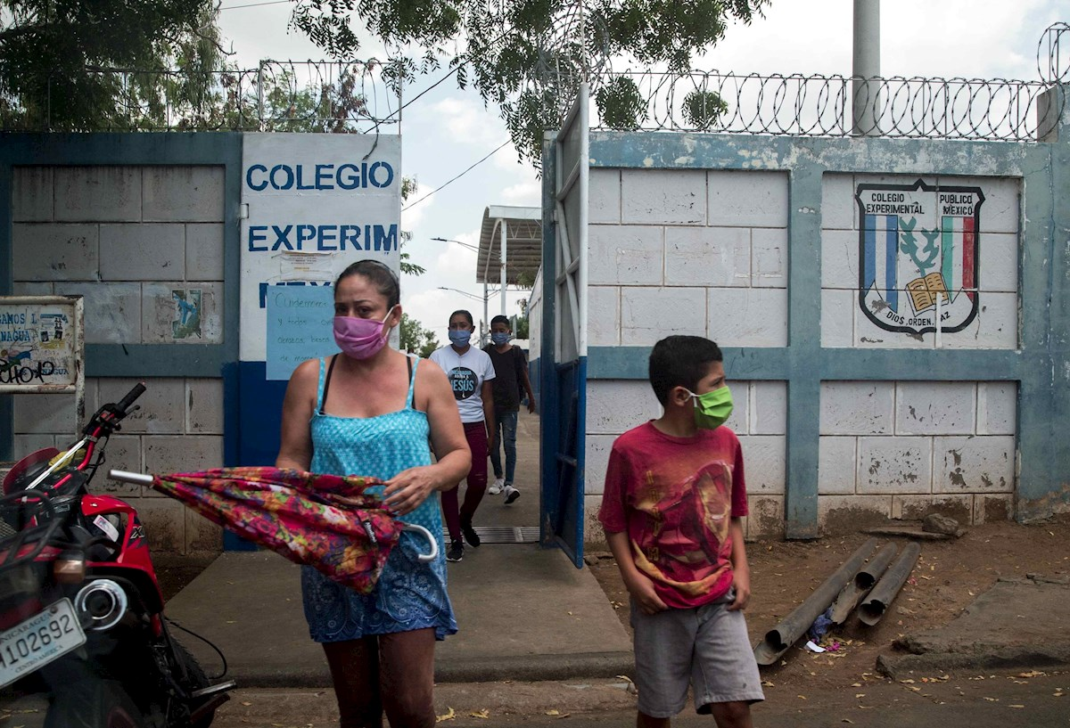 Costa Rica lanza campaña para promover el regreso seguro a clases en pandemia