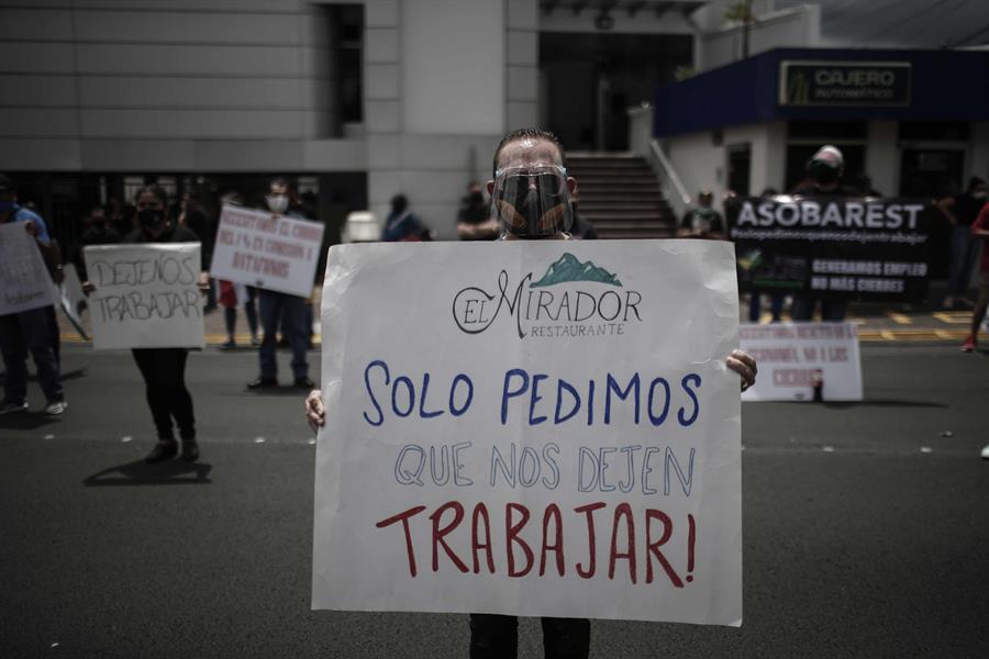 En Costa Rica manifestantes exigen fondo de emergencia por desempleo
