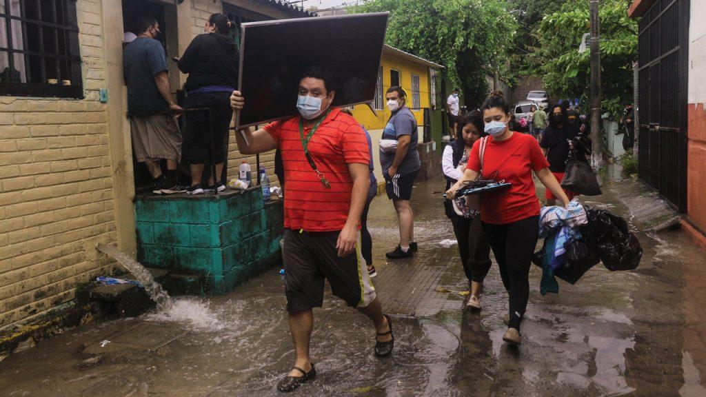 El Salvador damnificados Tormenta amanda Amanda