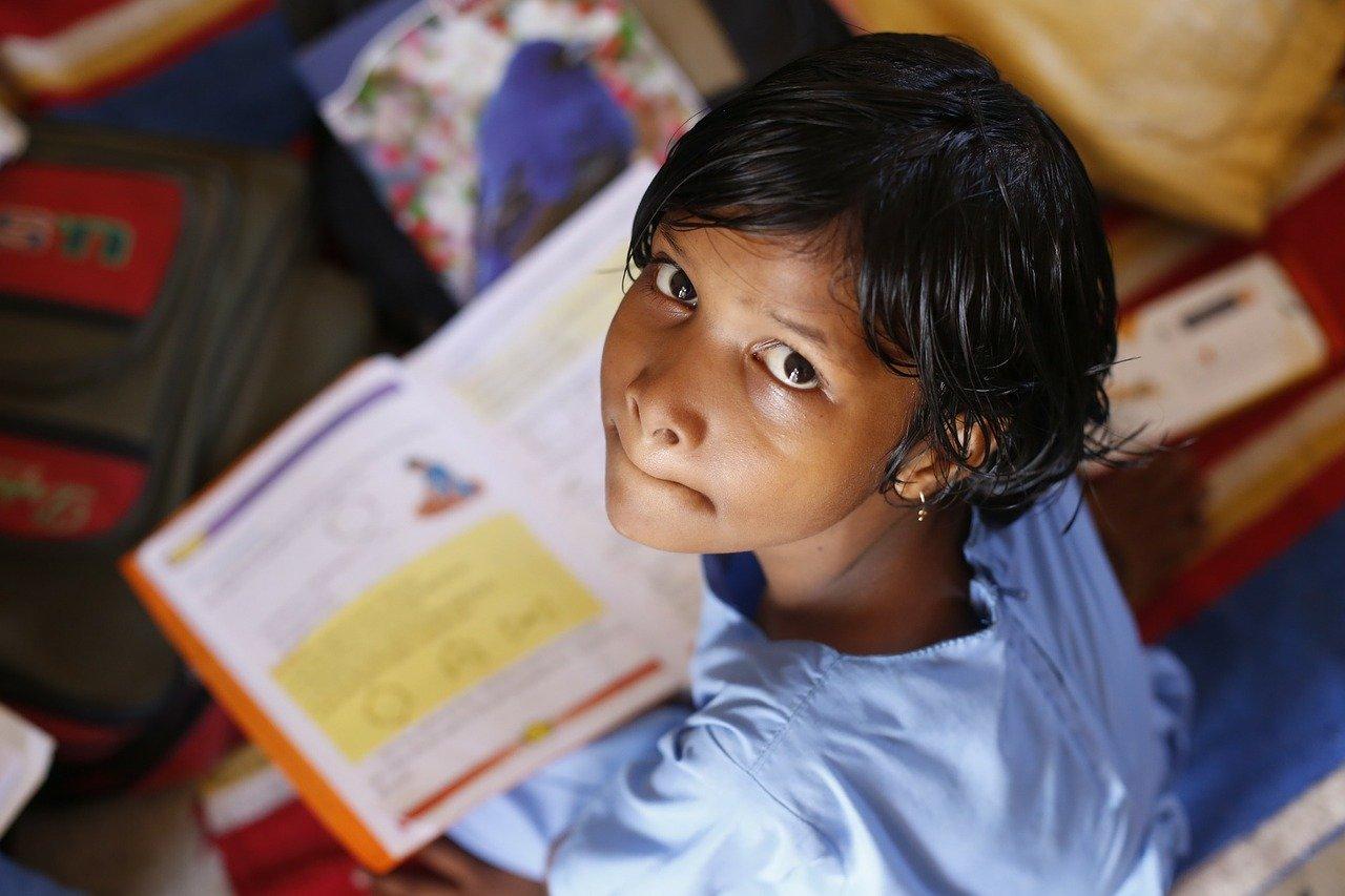 Unos 800,000 niños hondureños, en riesgo de abandonar sus estudios por COVID