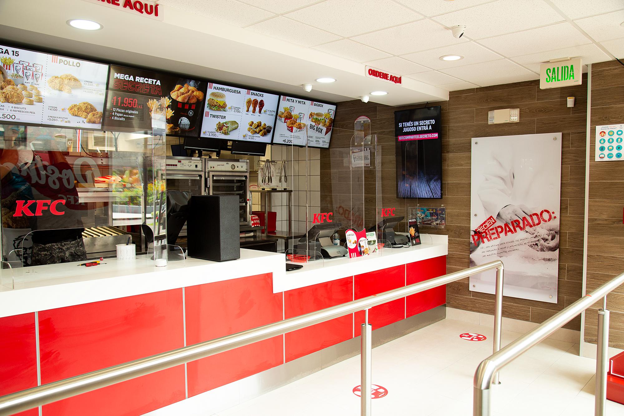 KFC abre un restaurante en San José Centro