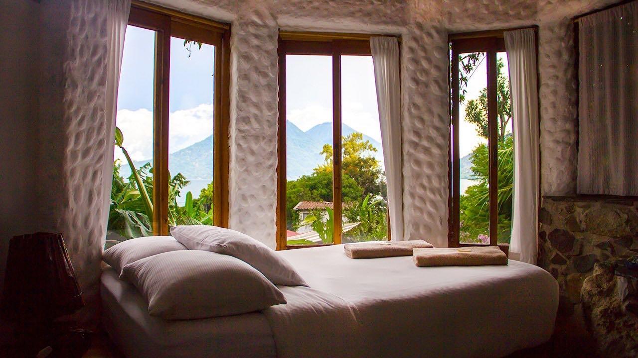 3 hoteles boutique en Guatemala con vista al lago más hermoso del mundo