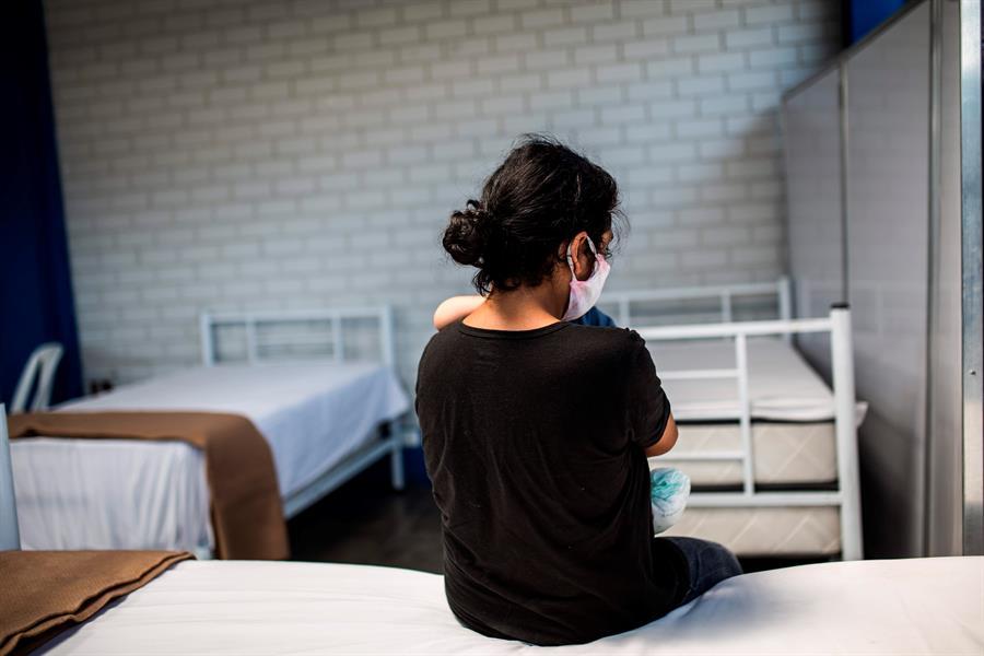 Madres trabajadoras afectadas por la pandemia: LinkedIn