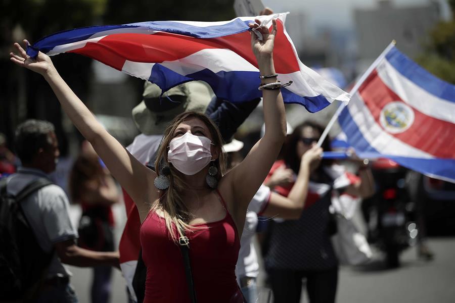 Sindicatos protestan en Costa Rica contra planes económicos del Gobierno