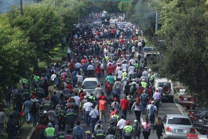 Empleados municipales de El Salvador protestan nuevamente por falta de fondos