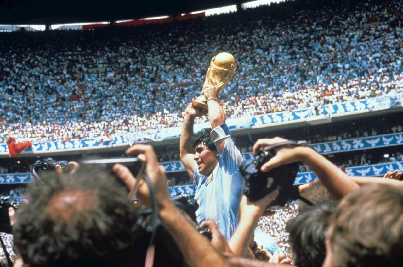 Maradona, una vida marcada por sus problemas de salud y sus adiciones