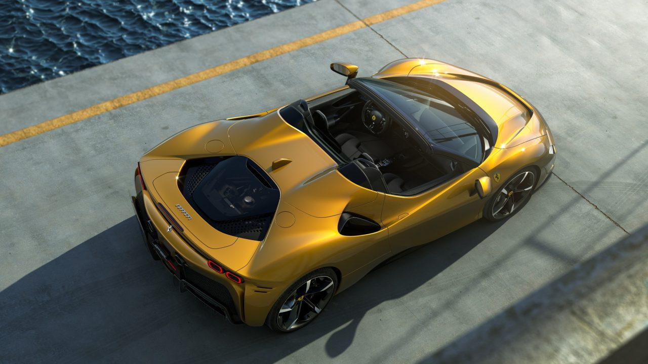 Ferrari recurre a la industria tecnológica para su era eléctrica