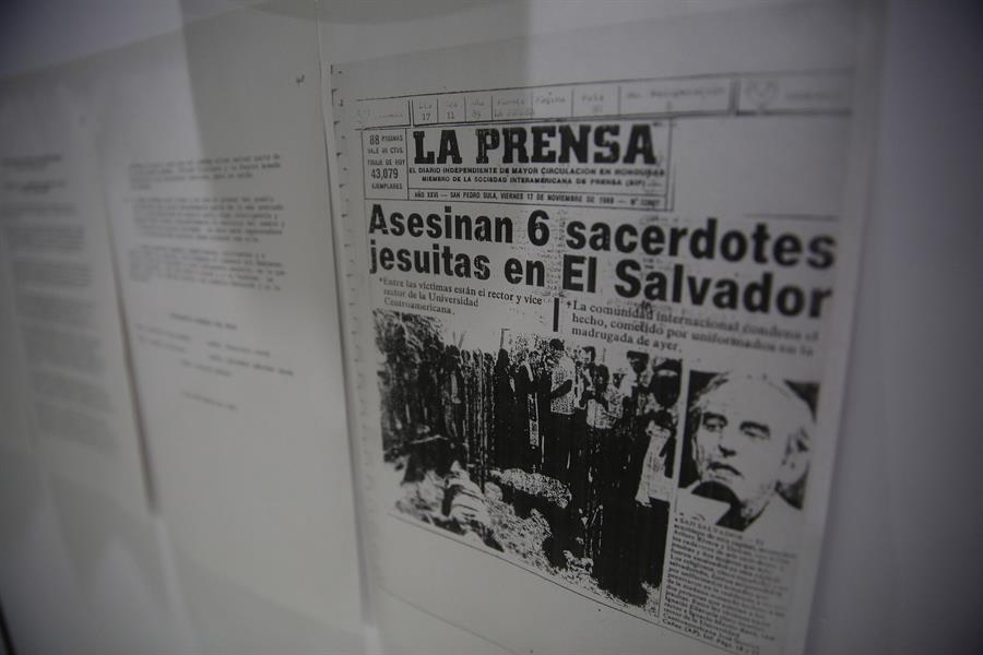 Piden al Supremo salvadoreño anular de oficio el cierre del caso Jesuitas