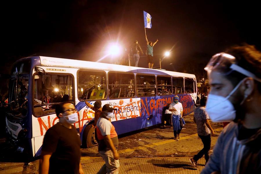 La SIP pide al Gobierno de Guatemala seguridad a la prensa durante protestas