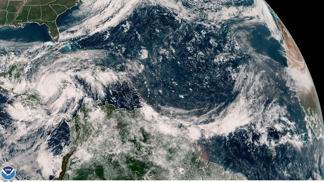 Centroamérica, golpeada por Eta, en alerta por nueva depresión en el Caribe