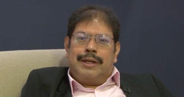 Expresidente de Banco Central salvadoreño denuncia amenaza tras pedir amparo
