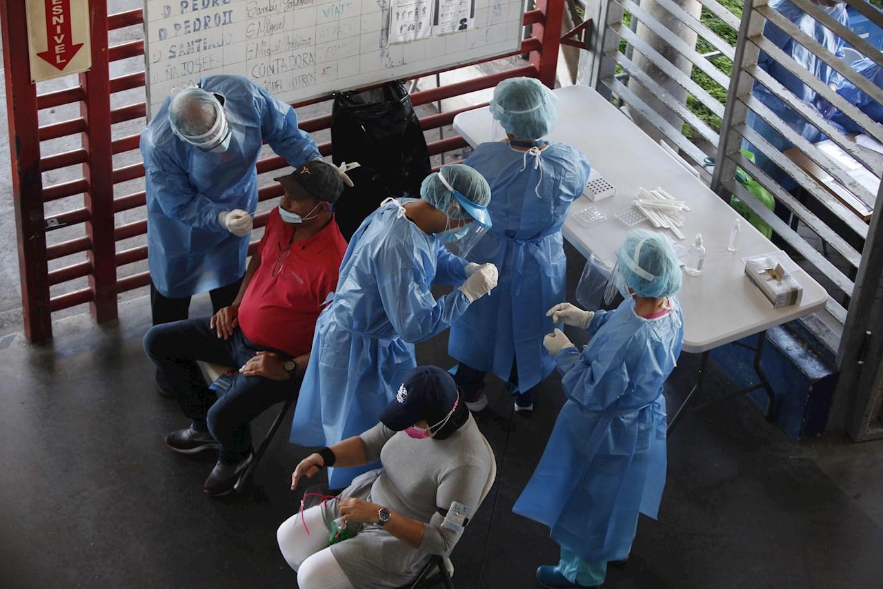 Panamá, con 338,701 casos  de COVID-19, hacia fase 2 de vacunación