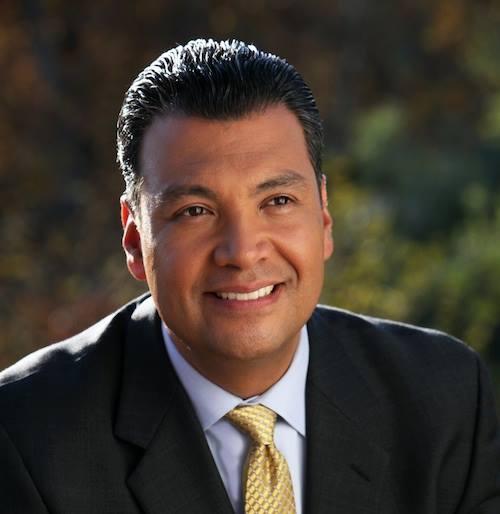 Alex Padilla será el primer senador latino de California