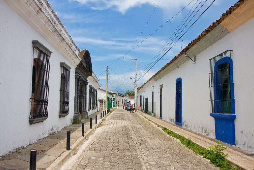 Suchitoto El Salvador pueblo colonia