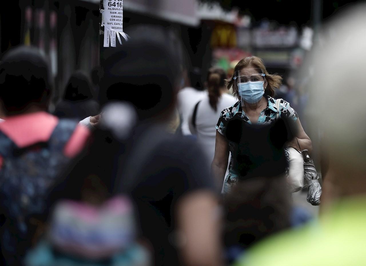 Costa Rica mantendrá restricciones a la movilidad en febrero
