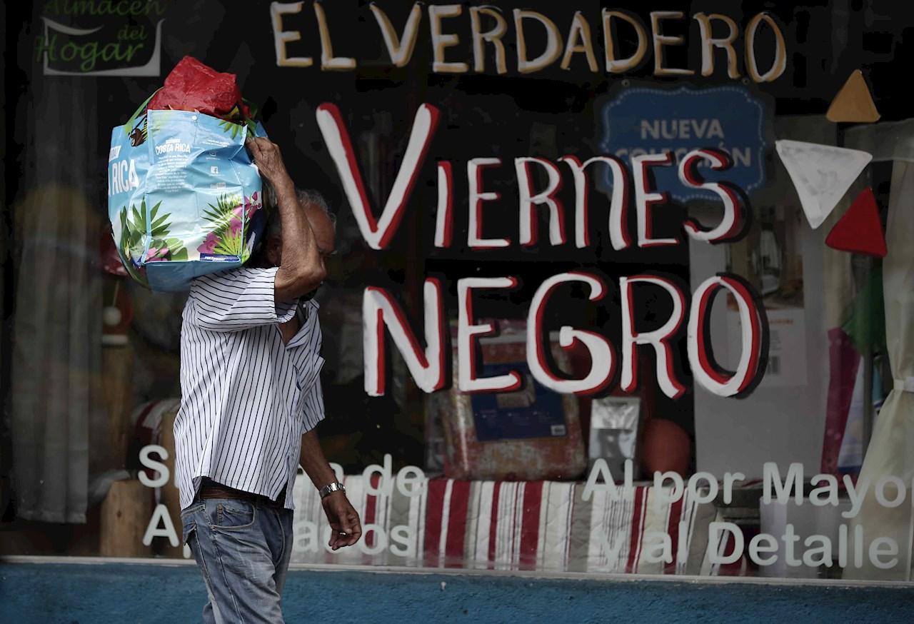 Con la economía informal no se convive, se combate