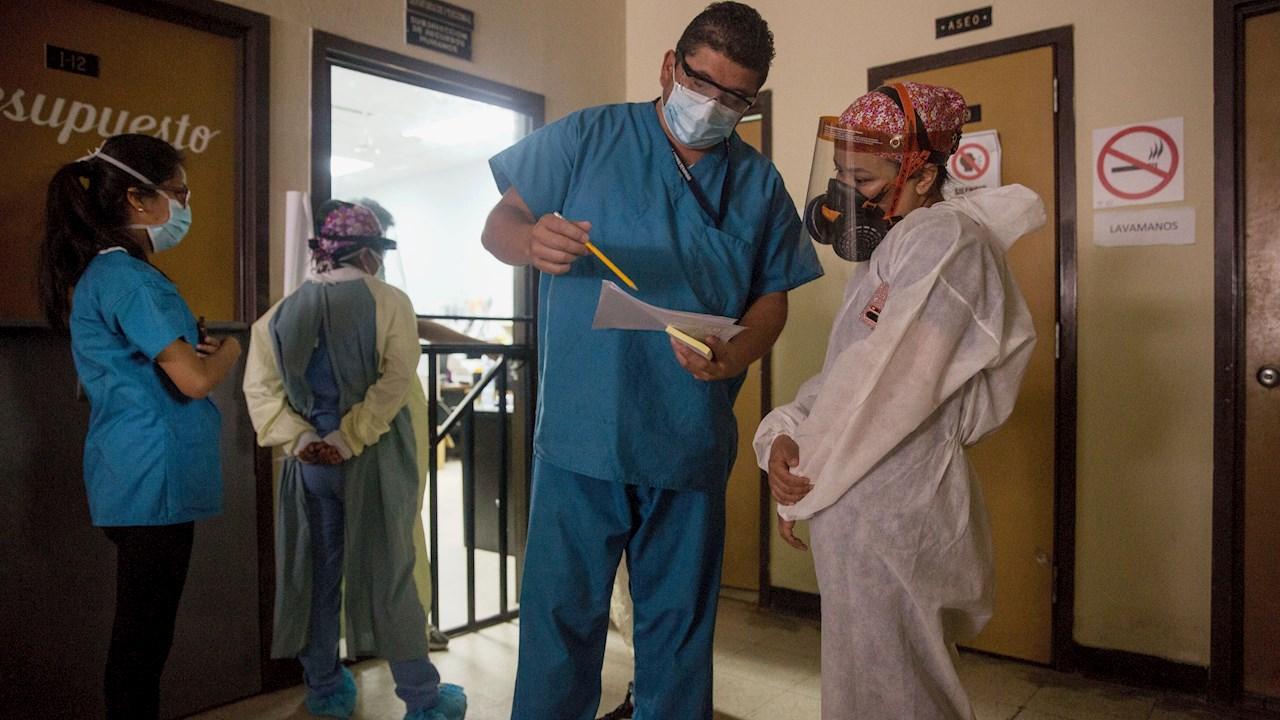 Salud avanza en mecanismos para compra y llegada de vacunas contra el coronavirus a Guatemala