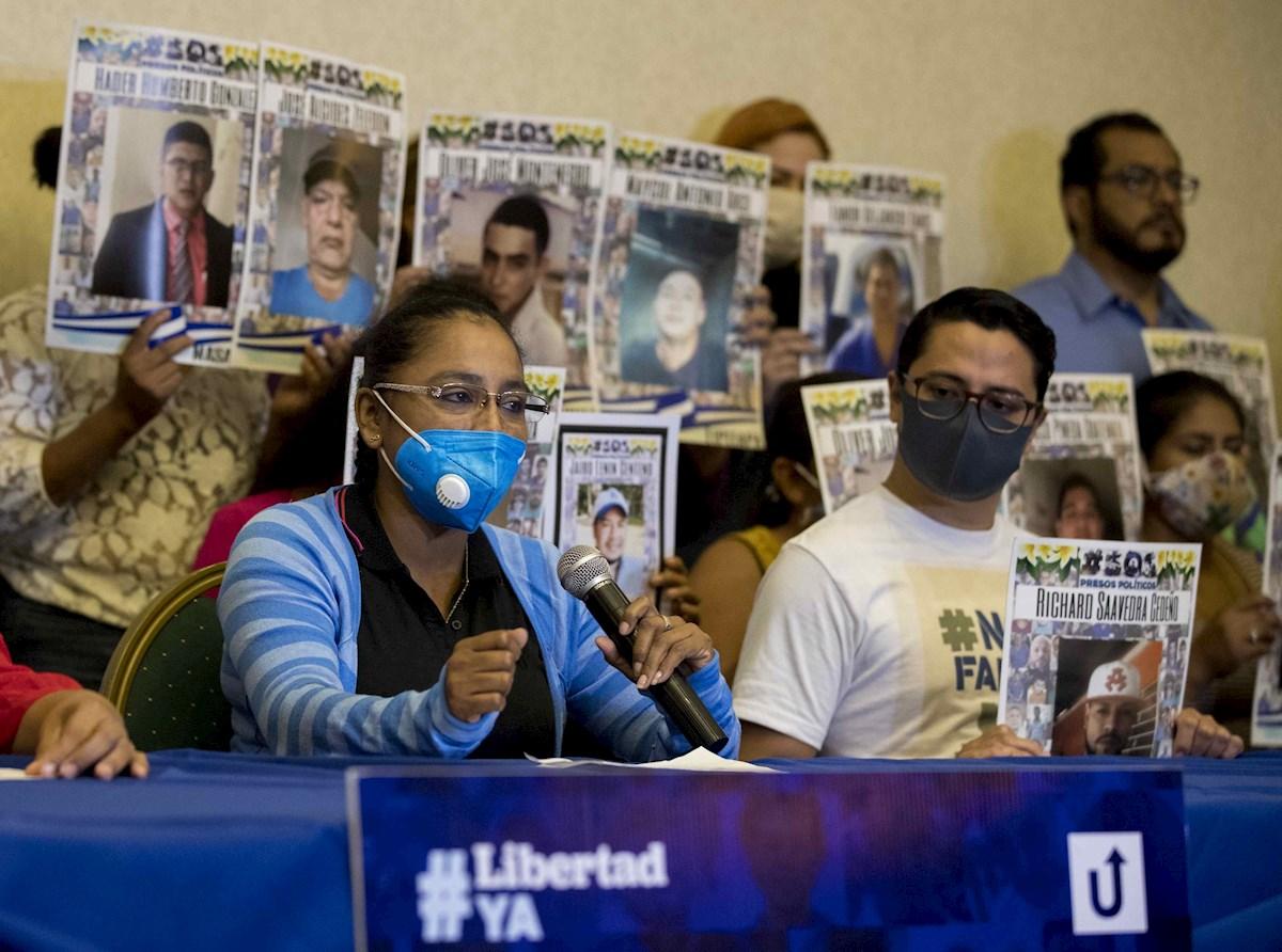 Familias denuncian restricción de alimentos a opositores presos en Nicaragua