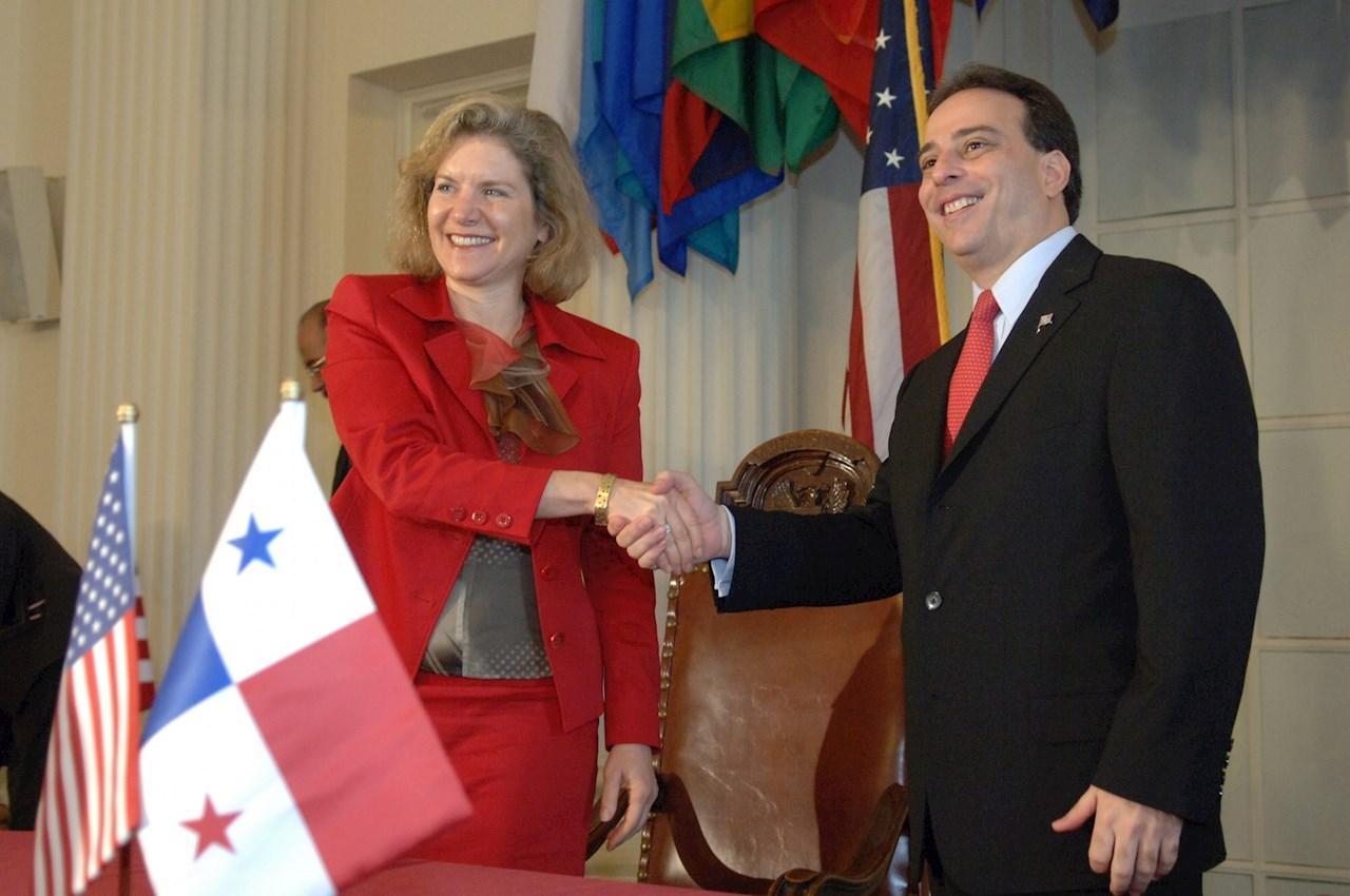 Dimiten el canciller y el vicecanciller de Panamá