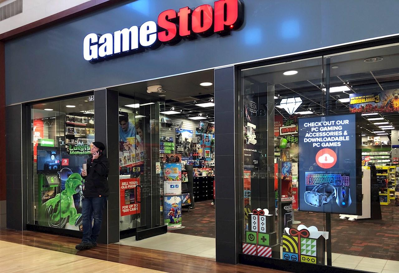 GameStop gana vida extra: permiten de nuevo compra de acciones