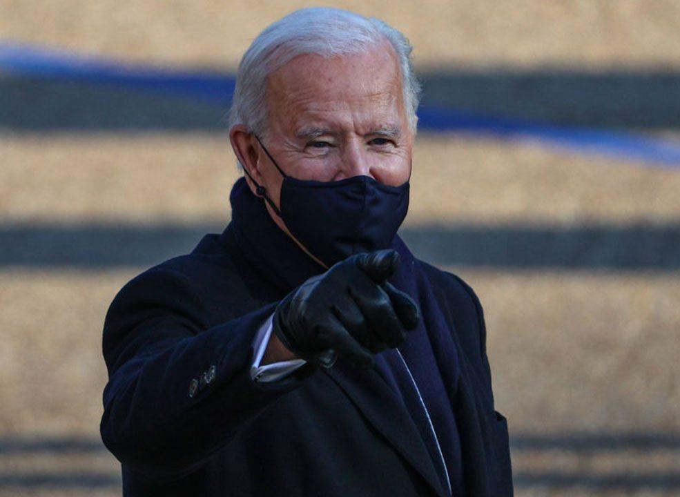 Juez asesta a Biden su primera derrota migratoria