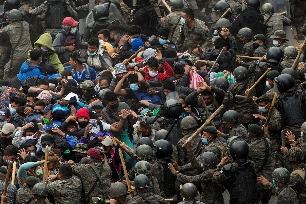 Guatemala estima que 1,500 migrantes hondureños siguen en el país
