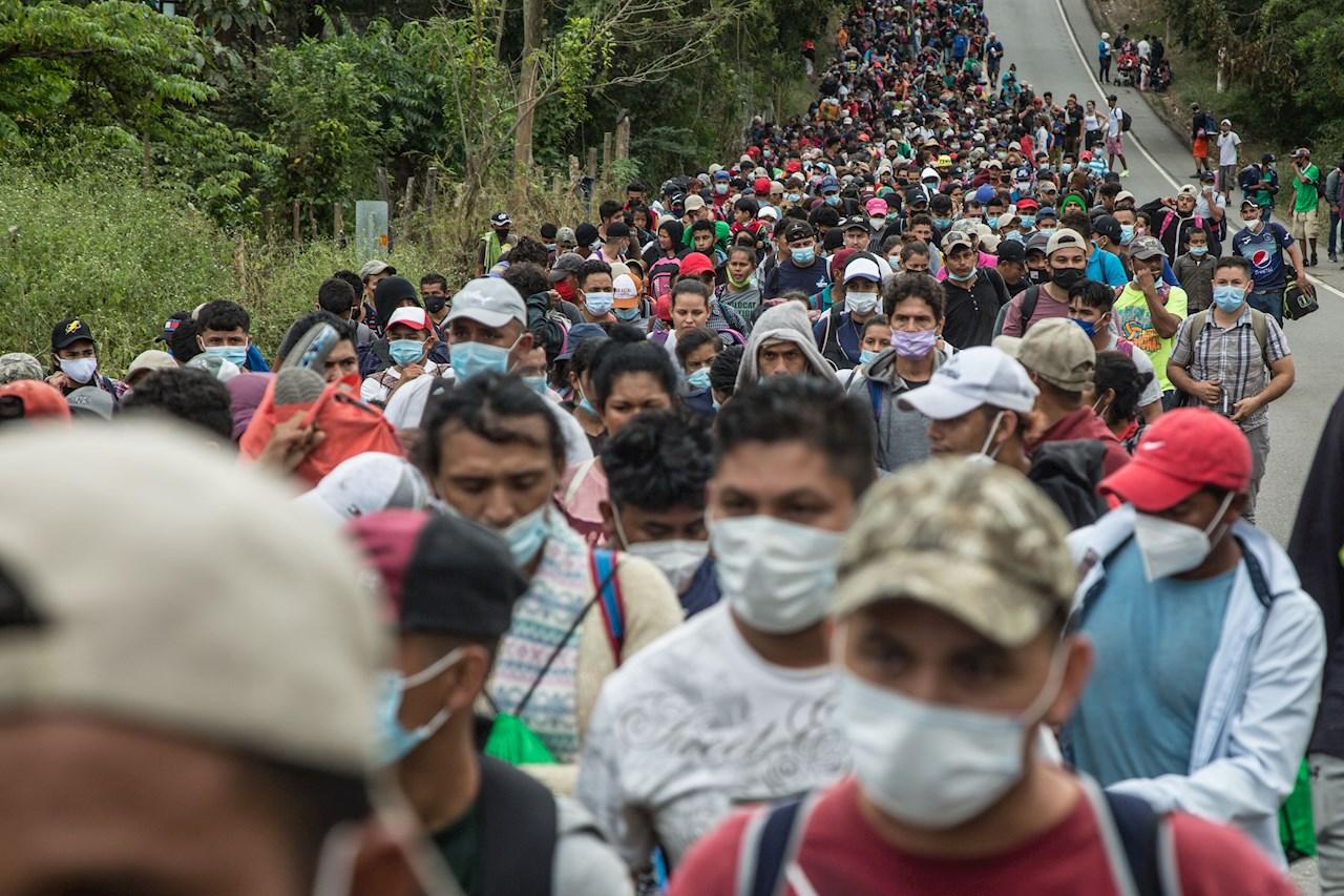 Fotogalería: El rumbo de la caravana migrante en Guatemala