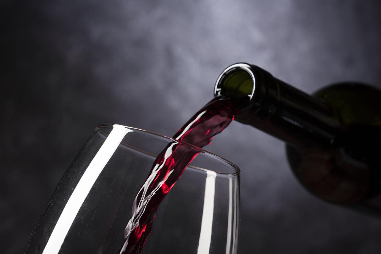 Costa Rica, el principal comprador de vino español