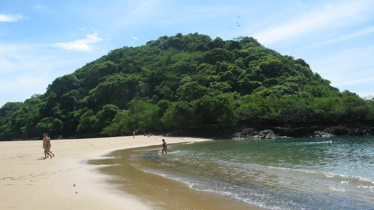 Isla Taboga: El destino de ensueño que abriga un refugio tropical en Panamá
