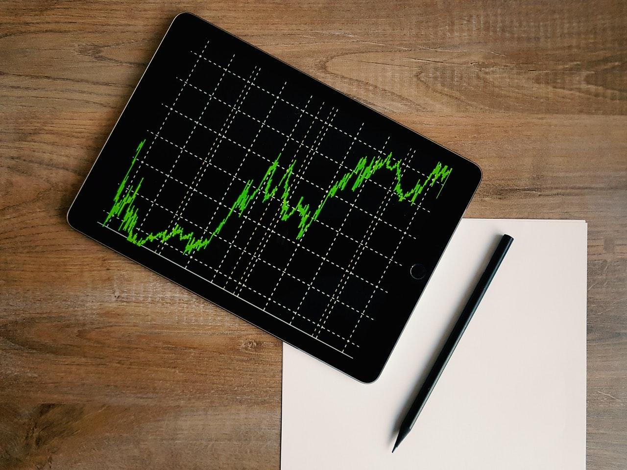 Bitcoin casi en 50,000, Texas impulsa el petróleo: 5 claves en Wall Street