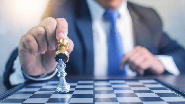El ajedrez empresarial P W Pag.24