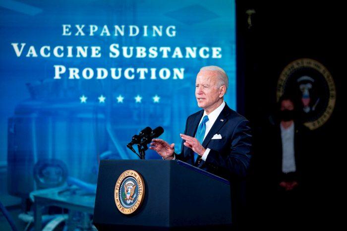 Biden desea hacer frente a problemas creados por grandes tecnológicas