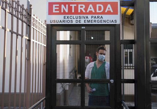 Costa Rica aplica nuevas medidas de restricción y acelerar vacunación