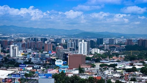 FMI proyecta salida de crisis económica del covid-19 y mejora pronóstico a Guatemala