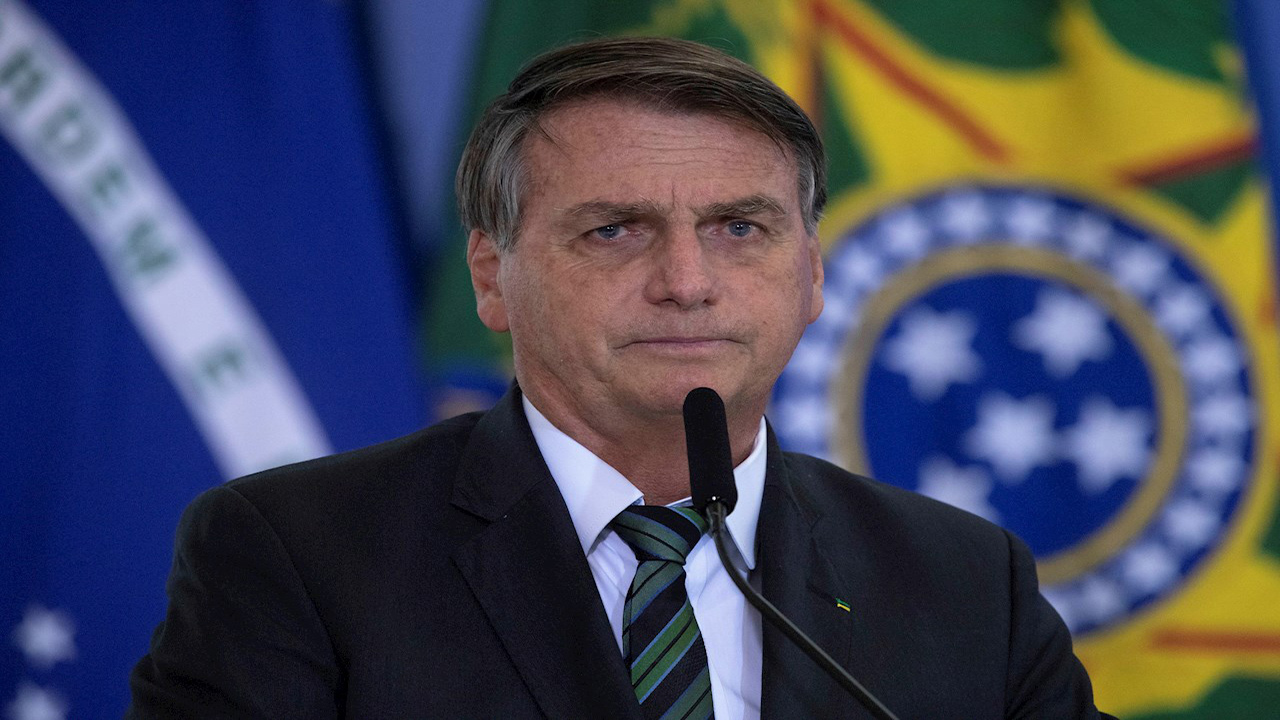 """Bolsonaro: """"Un pueblo que vota en un tipo"""" como Lula """"merece sufrir"""""""