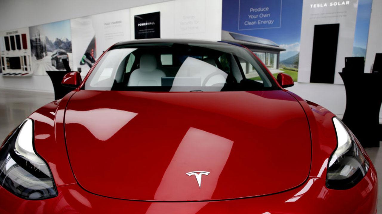 ¿Quieres que Tesla acepte Doge? La pregunta bomba de Elon Musk en Twitter