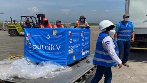 Honduras recibe las primeras 6,000 dosis de la vacuna rusa Sputnik V