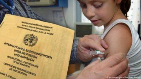 Vacunación interrumpida pone en riesgo a 228 millones de personas: OMS