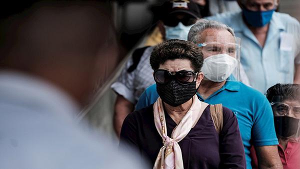 El 2% de los mayores de 58 años rechaza vacunarse contra COVID-19 en Costa Rica