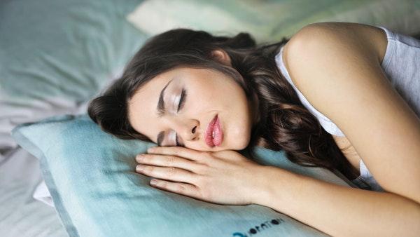 Una empresa ofrece 1,500 dólares por dormir la siesta