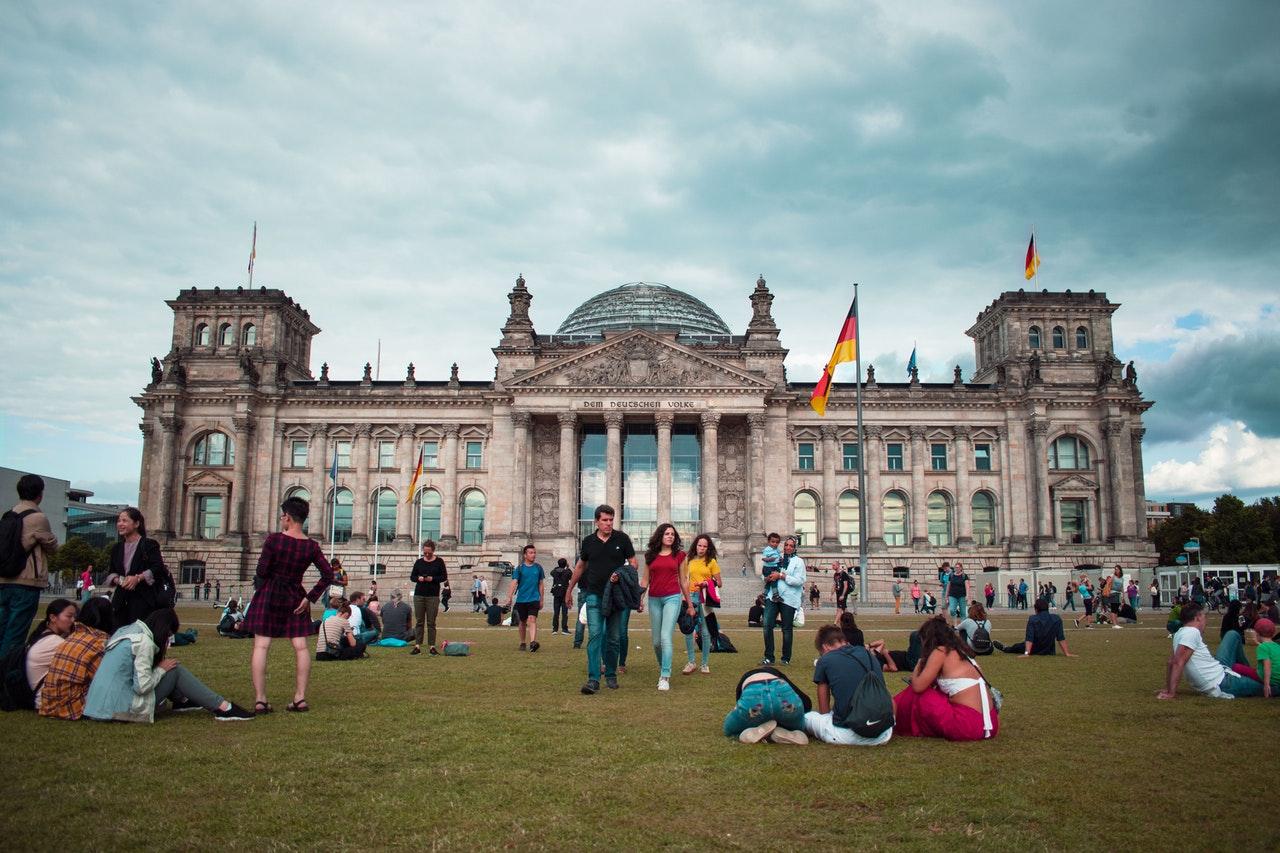 Alemania levanta restricciones regionales por la evolución de la pandemia