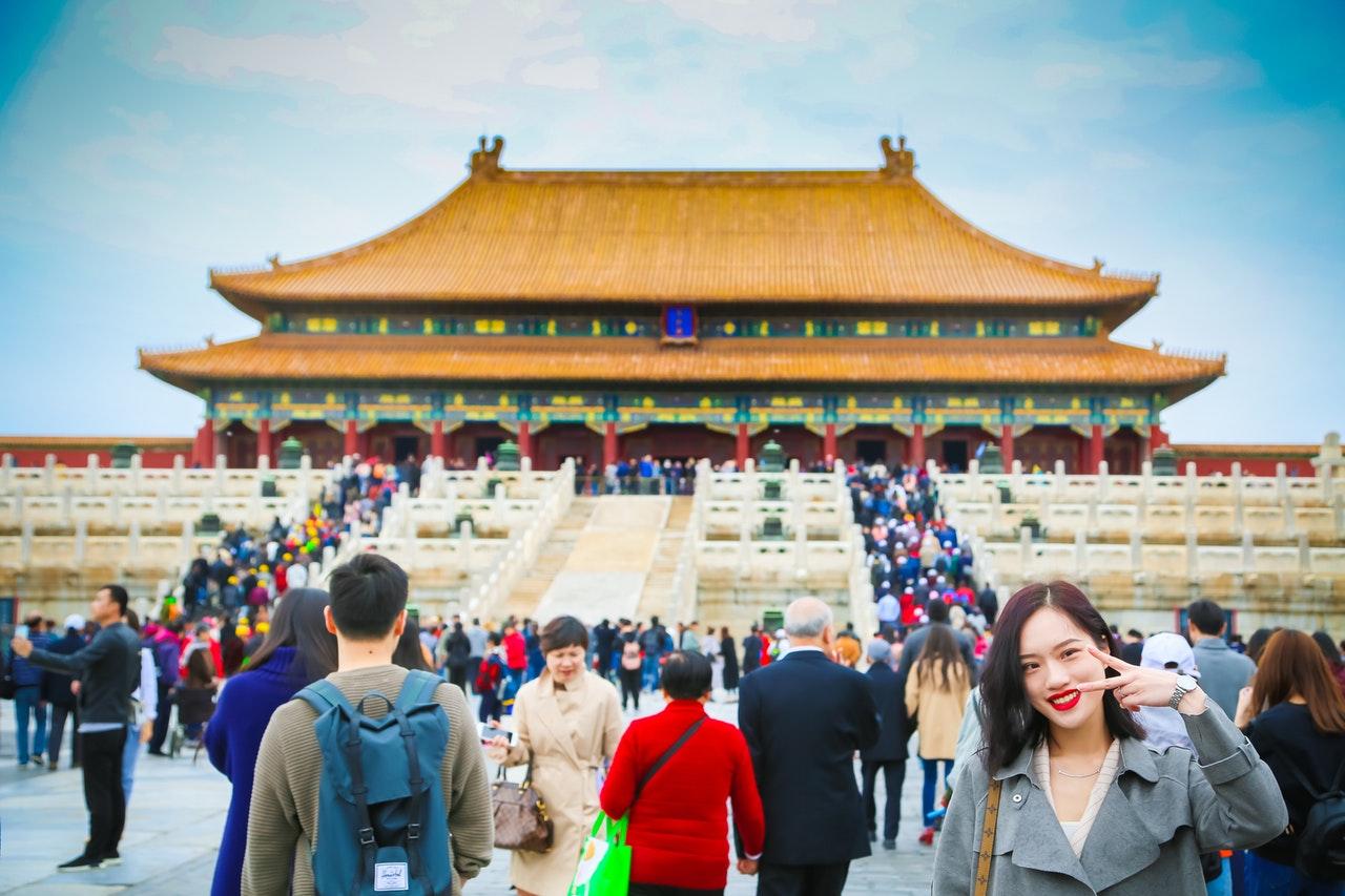 La población de China crece más lentamente y llega a 1,411 millones