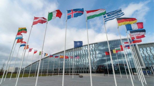 China rechaza críticas de la OTAN: 'son ellos quienes traen la guerra al mundo'