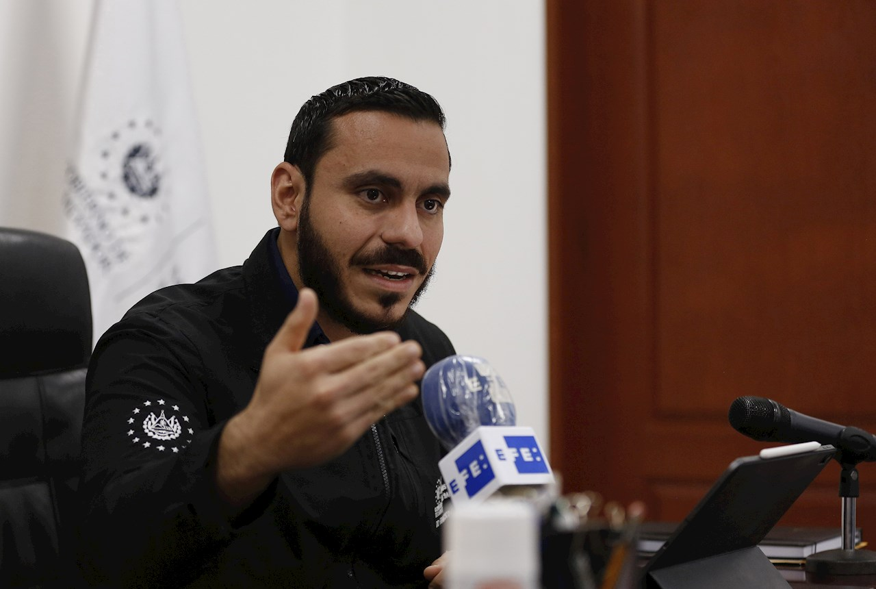 El Salvador permitirá eventos deportivos con publico que haya sido vacunado