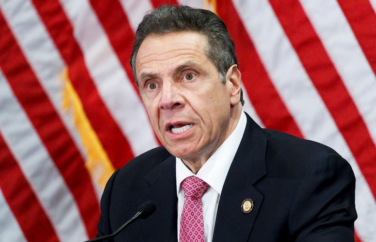 Gobernador de Nueva York renuncia tras denuncias de acoso sexual