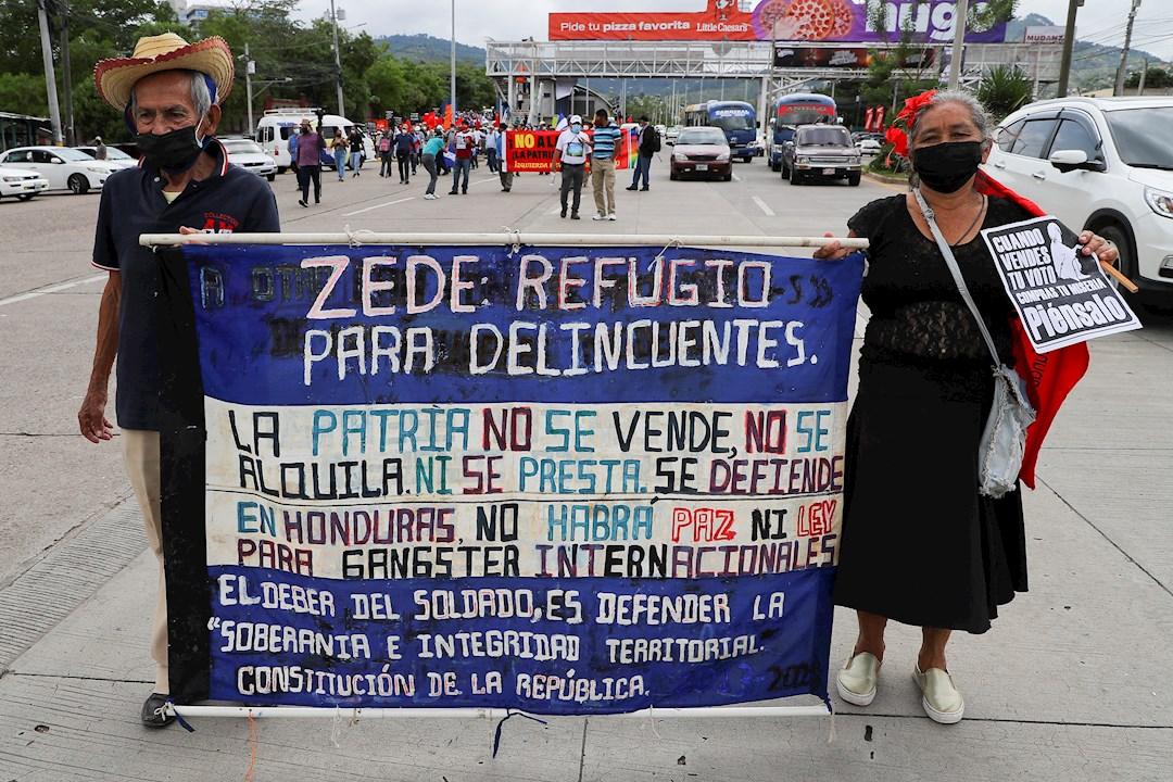 Marchan en Honduras para recordar a desaparecidos y rechazar Zonas de Empleo