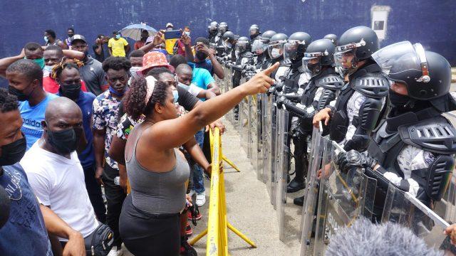 Migrantes varados en Chiapas por peticiones de asilo. Foto: EFE